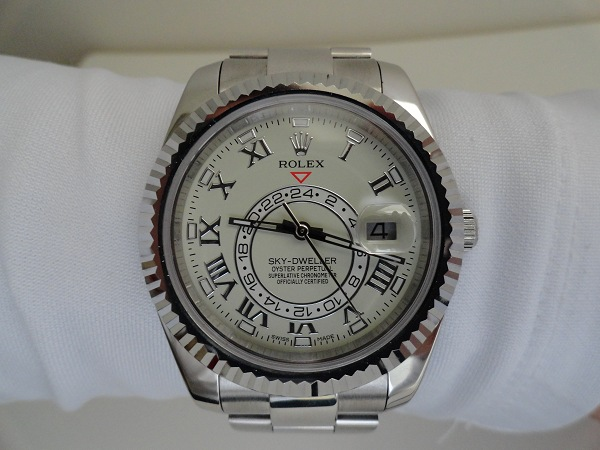 replique-Rolex-Sky-Dweller-montre