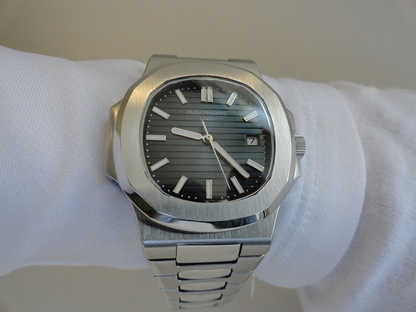 Replique Patek Philippe Nautilus - A Perfect Fit For My Petit poignet